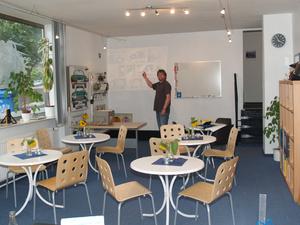 infos der campus fahrschule kiel anmeldung und ausbildung zum f hrerschein. Black Bedroom Furniture Sets. Home Design Ideas
